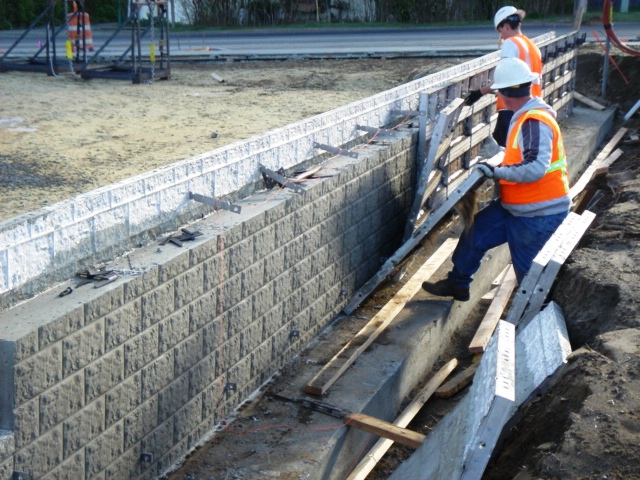 split block concrete wall forms